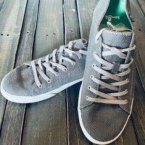New Men's Sanuk Grey Shoes